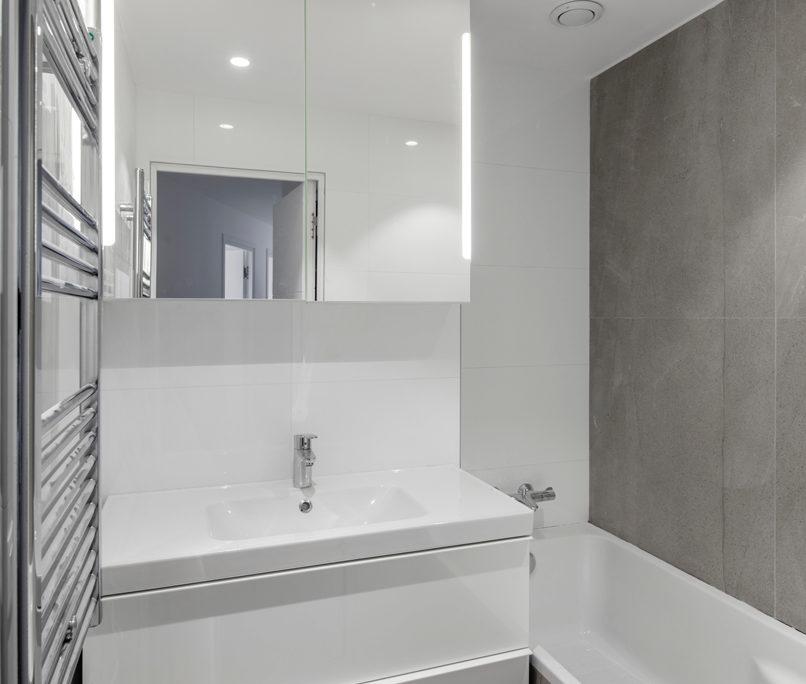 14 rue Telles de la Poterie, 92130 Issy-les-Moulineaux, Le Macassar, Esprimm, salle de bain